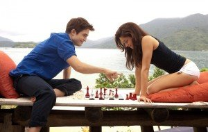 'Twilight' Foreplay: Watch Two Extended Honeymoon Clips From 'Breaking Dawn'!