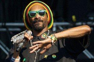 Snoop Dogg is Now Snoop Lion, Reggae Star
