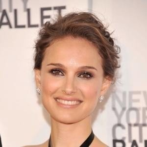 Natalie Portman to Secretly Wed This Weekend?