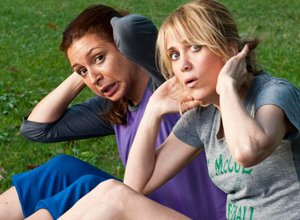 VIDEO: Watch 'Bridesmaids' Stars Kristin Wiig and Maya Rudolph Laugh (and Cry) About Farts in French Interview