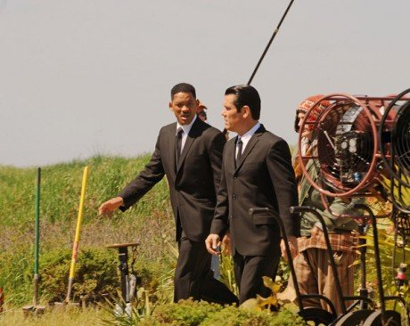 Sneak Peek: Check Out Photos From the Set of 'Men In Black III'